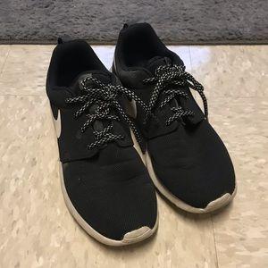 Nike Roshe one sneaker